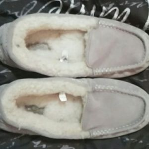 UGG grey slip on's size 8 slightly small